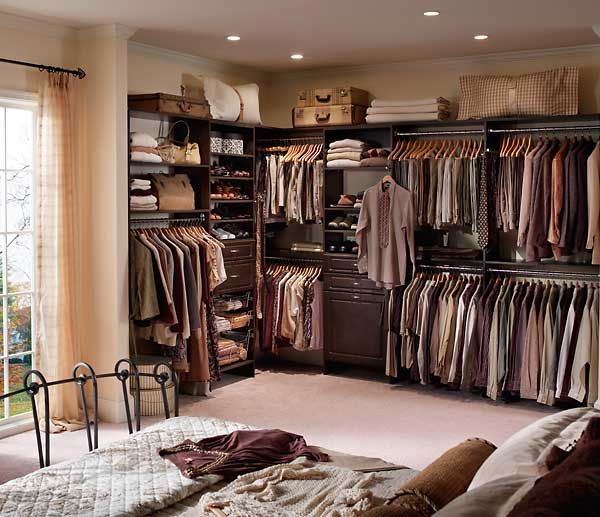 Closets have floors?